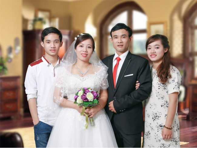 Chụp ảnh Gia đình Giá Rẻ Tại Hà Nội