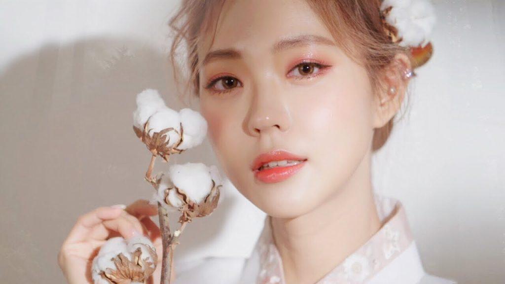 trang điểm chụp ảnh theo phong cách Hàn Quốc