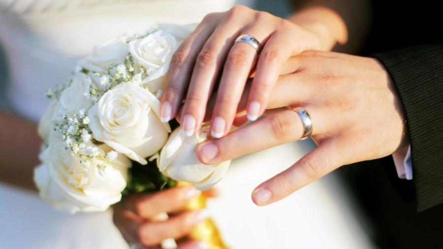 ý tưởng chụp ảnh nhẫn cưới