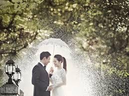 chụp ảnh cưới mùa mưa