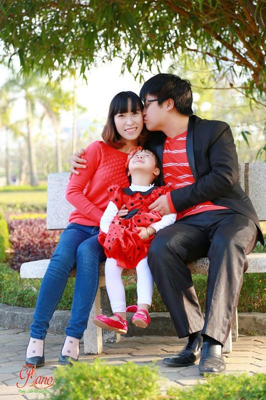 Chụp ảnh gia đình ngoại cảnh giá rẻ chất lượng