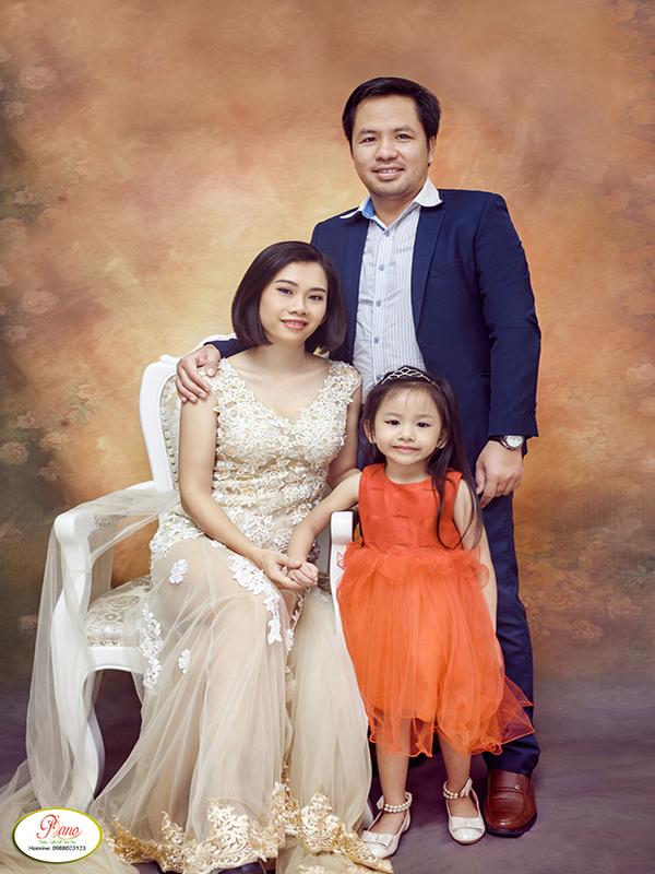 Chụp ảnh gia đình tại nhà cần lưu ý những vấn đề gì?