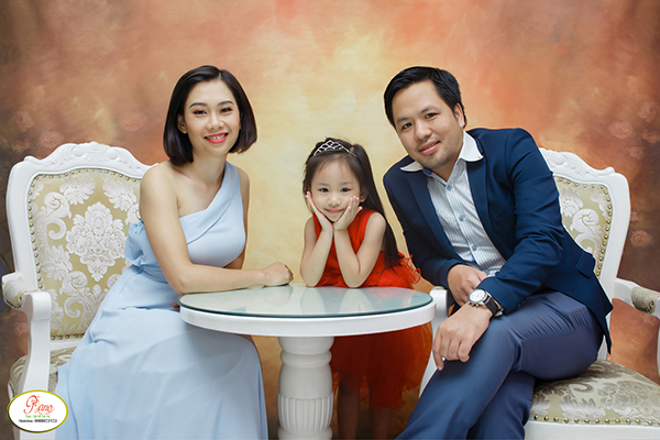 Chụp ảnh Gia đình 3 Người Có Nên Không?