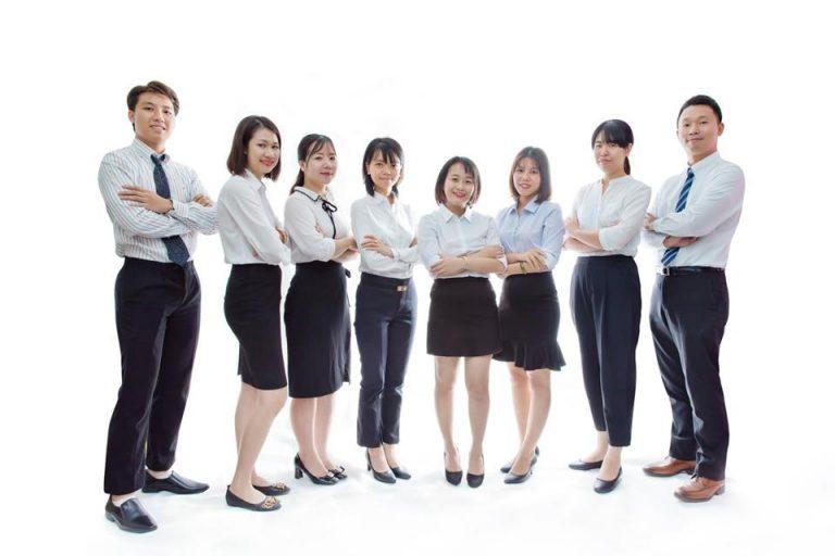 Chụp ảnh profile doanh nghiệp nên mặc gì?